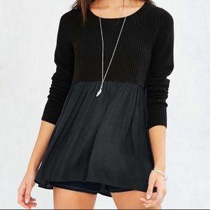 UO Kimchi Blue BabyDoll Sweater Black Tunic Medium